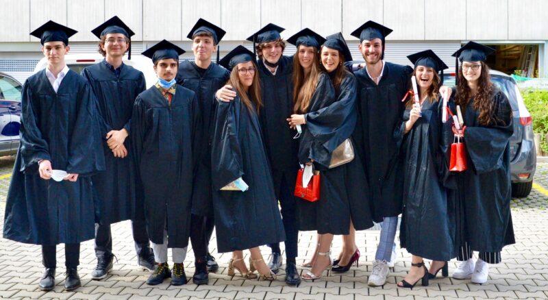Akash, Alessio, Beatrice, Carl, Carmen, Corrado, Dario, Federica, Isabel, Marco e Vittoria (Zoe assente)